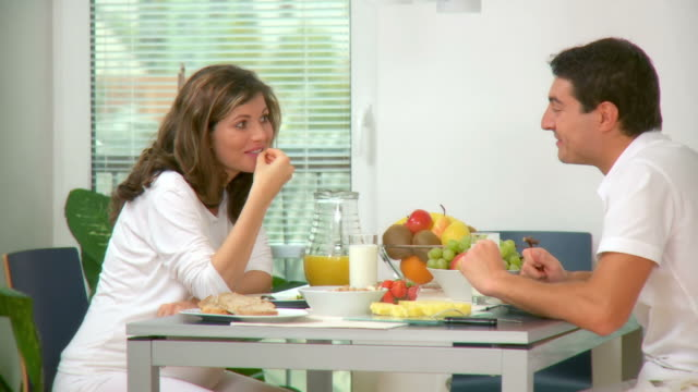 HD DOLLY: Happy Couple Having Breakfast