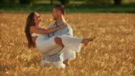 HD SLOW-MOTION: Happy Couple In Wheat