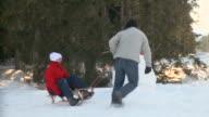 HD: Having Fun In The Winter
