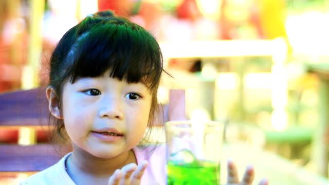 HD:Asian girls