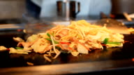 HD:Chef cooking Japanese Fried Noodle 'YAKISOBA'.