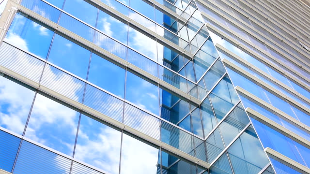 HD:Cloud reflection with glass(Timelapse)