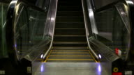 HD:Empty escalator.