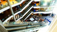 HD:People moving on escalator in shopping mall.(Timelapse)