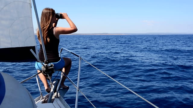 HD:Teenager observing the seascape