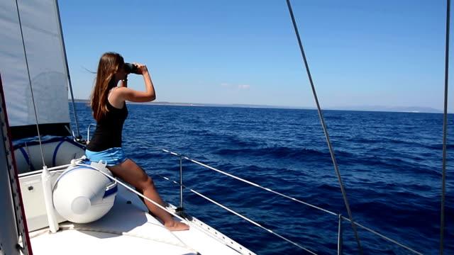 HD: Teenager beobachten Sie das Meer