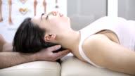 Head chiropractic massage