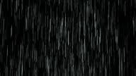 Schwere Regen, isoliert auf schwarz, Endlos wiederholbar.