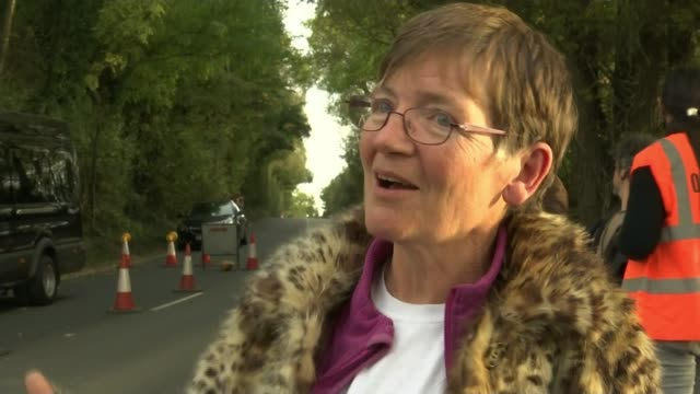 Campaigner tries to stop diggers ENGLAND Hillingdon EXT Sarah Green interview SOT