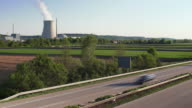 Highway in Front of Nuclear Power Station (4:2:2@100 Mb/s)