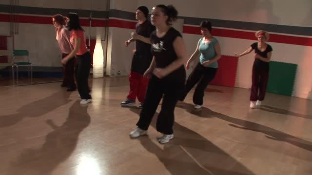 HD STEADYCAM: Hip Hop Dancing