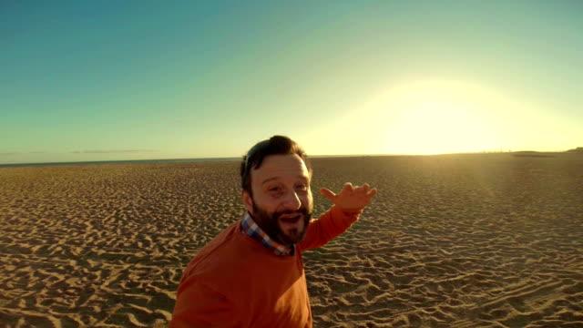 WS Hipster Taking Selfies On Malibu Beach