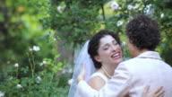 TD hispanic bride hugging mother, Richmond, Virginia, United States