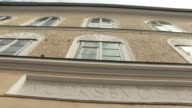 Hitler birth house is to be torn down according to Austria's interior minister