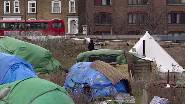 MS Homeless squatters shelters in park / London, Greater London, UK