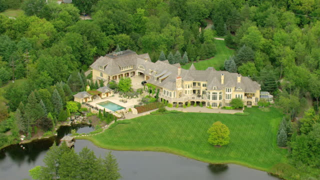 Ms Aerial Zi Ts House Of Rapper Eminem With Swimming Pool