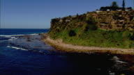 WS AERIAL Houses on cliffs, Sydney, New South Wales, Australia