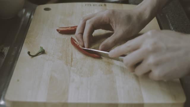 how to prepare chilli pepper