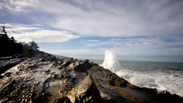 Huge waves pounding seashore, Pacific Ocean, Oregon