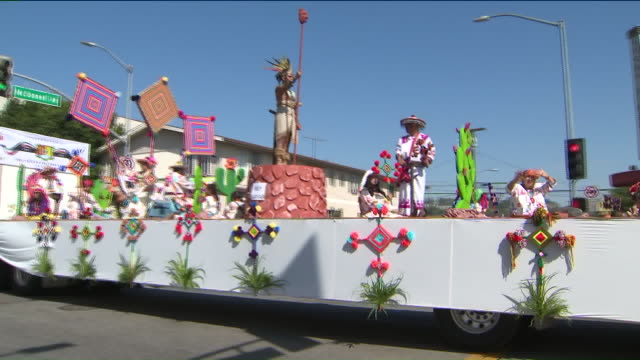 KTLA Hundreds Attend East LA Mexican Independence Day Parade