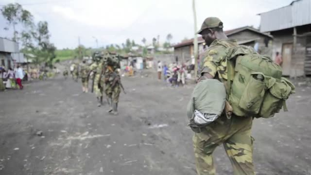 Hundreds of Congolese rebels withdrew Friday from frontline positions around Goma as promised under a regionally brokered deal while police entered...