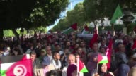 Hundreds of peoples demonstrated in central Tunis on Saturday showing their support to Palestinians following a call from islamist party Ennahda