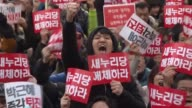 Hundreds of thousands of protestors march in Seoul for the sixthstraight week to demand the ousting and arrest of scandalhit President Park GeunHye...