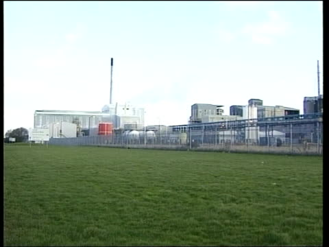 Northumbria Teeside Ext Tioxide Europe site LS Sign PAN to plant beside