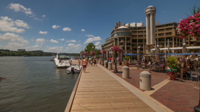 Hyperlapse along Washington Harbor