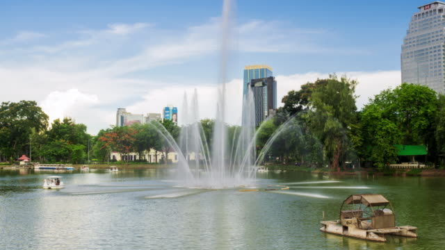 Hyperlapse of fountain on lake in Lumpini Park Bangkok
