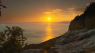 HD DOLLY: Idyllic Mediterranean Sunset