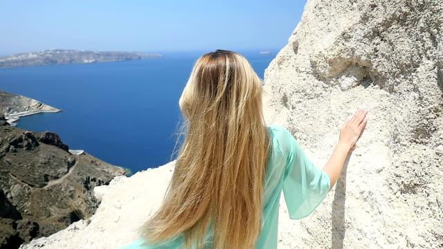 Idyllic sea view & pretty woman