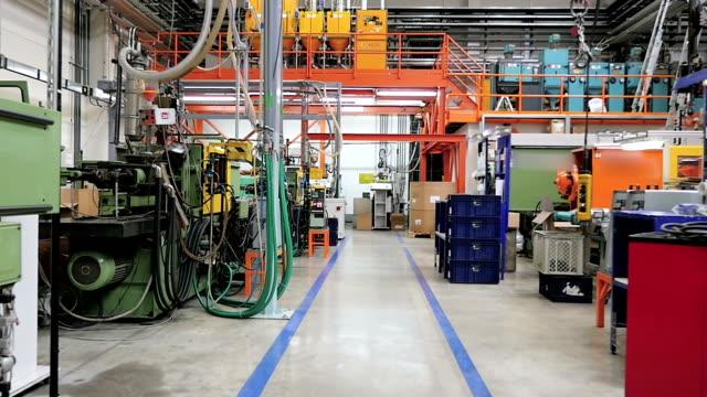 Industriële corridor in productielijn