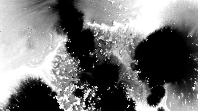 Ink Bleed Broken Pattern
