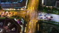 Intense high angle view timelapse during rush hour with local traffic and cummuters in downtown Singapore in supreme quality (4K/UHD to HD) - Stock Video