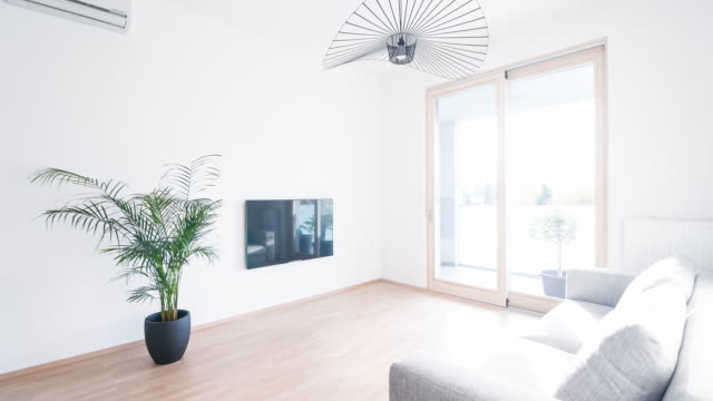 Interiören i en ny modern lägenhet