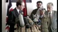 Interior shots Yasser Arafat and Malcolm Rifkind press conference on November 06 1995 in Jerusalem Israel
