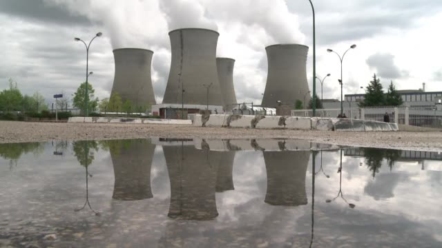 International experts warn about security shortcomings at French and Belgian nuclear plants that make them vulnerable to attack in a report...