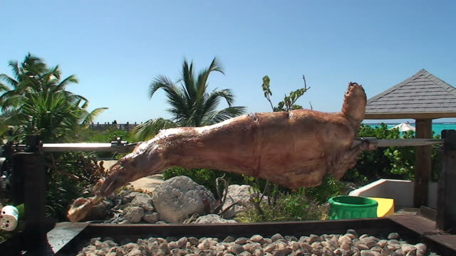 Inviting barbecue mutton