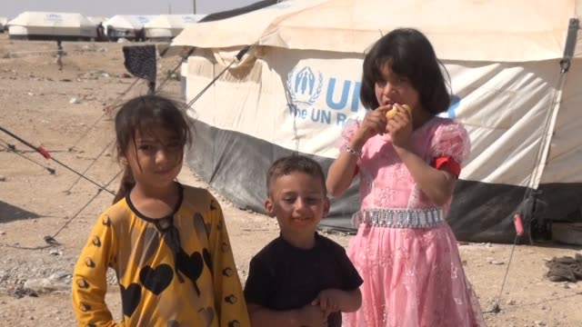 Iraqi families who fled fighting in the Mosul area found shelter Monday at a refugee camp in the northeastern town of al Hol in Syrias Hasakeh...