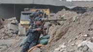 Iraqi forces continued their advance Sunday in west Mosul tightening the noose around jihadists from the Islamic State group holed up in the Old City