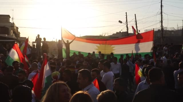 Iraqi Kurds demonstrated near the US consulate in Arbil on Saturday calling for the international support in the escalating crisis with Baghdad