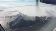Islandia reabrio este viernes el trafico aereo sobre el volcan Bardarbunga despues de haberlo cerrado durante unas horas por una erupcion cercana...
