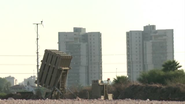 Israel deployed its Iron Dome missile defence system in Tel Aviv on Friday as the United States weighed military strikes on neighbouring Syria CLEAN...