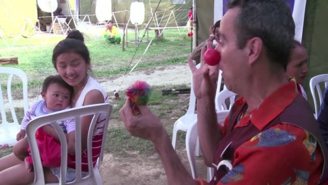 Israeli medical clowns are trying to help ease the trauma of children caught up in Nepals devastating earthquake by healing psychological scars with...