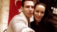 Istanbul Couple Selfie Terrasse