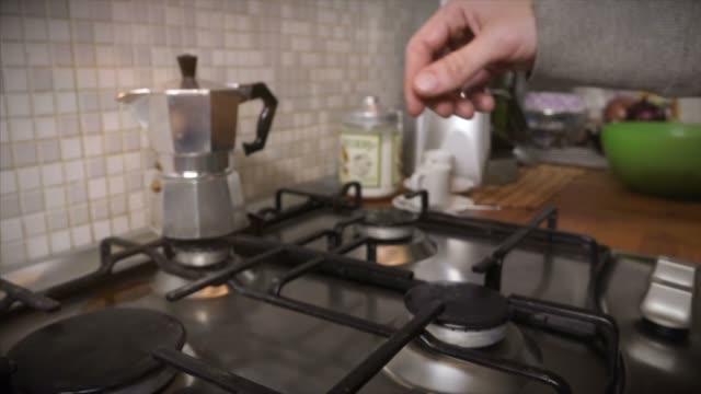 Italiaanse koffie-/ theevoorzieningen moka met kopje koffie