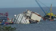 Italian officials have given the go ahead for an unprecedented salvage operation to lift the 114500 ton Costa Concordia cruise ship from its side on...