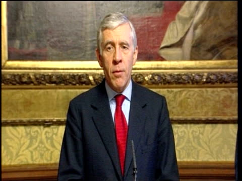 Jack Straw declares at press conference that republication of cartoons featuring Prophet Mohammed was