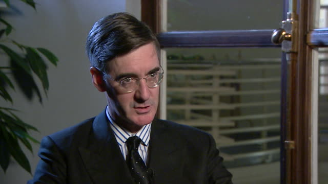Jacob ReesMogg saying keeping new EU rules would mean Britain 'effectively stays in the EU for longer'
